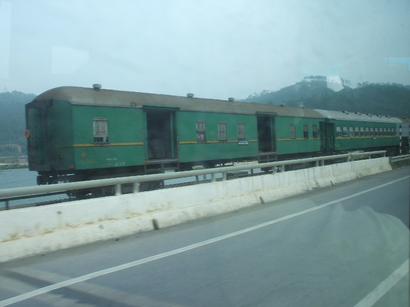 Ha Long coaches01